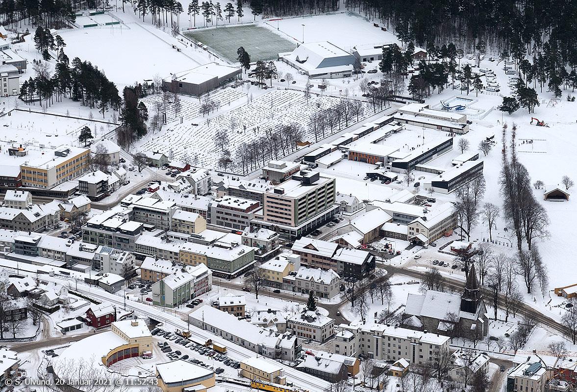 Voss sentrum sett ved Gondol Mast 1 ovanfor Mølsterberget